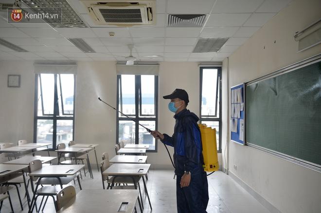 TP.HCM: 2 trường và 1 lớp cho học sinh nghỉ đến khi có thông báo mới - ảnh 1