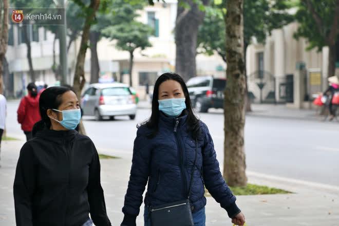 Người Hà Nội kích hoạt trạng thái phòng dịch COVID-19 sau khi TP.HCM có ca nhiễm cộng đồng - Ảnh 10.