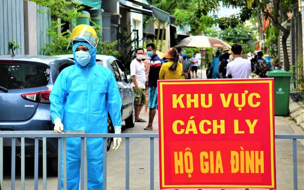 Thêm 7 người nhập cảnh nhiễm Covid-19, Việt Nam có 1358 ca bệnh