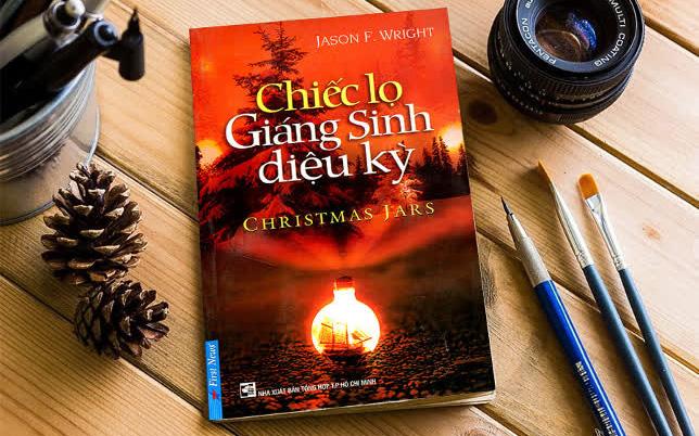 """Tiết lộ list những tựa sách must-read để """"chill"""" sương sương mùa Giáng sinh"""