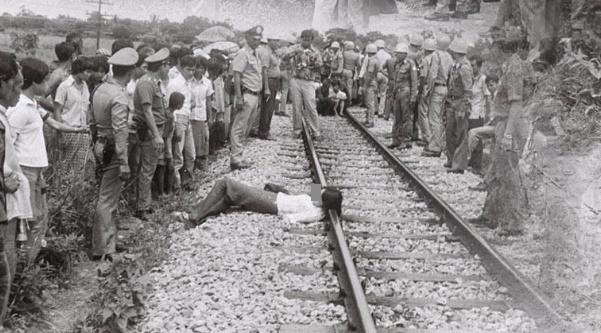 La mujer cayó en las vías del tren, un trágico accidente, pero el crimen de más de 30 hombres, que es una suegra horrible - foto 2.