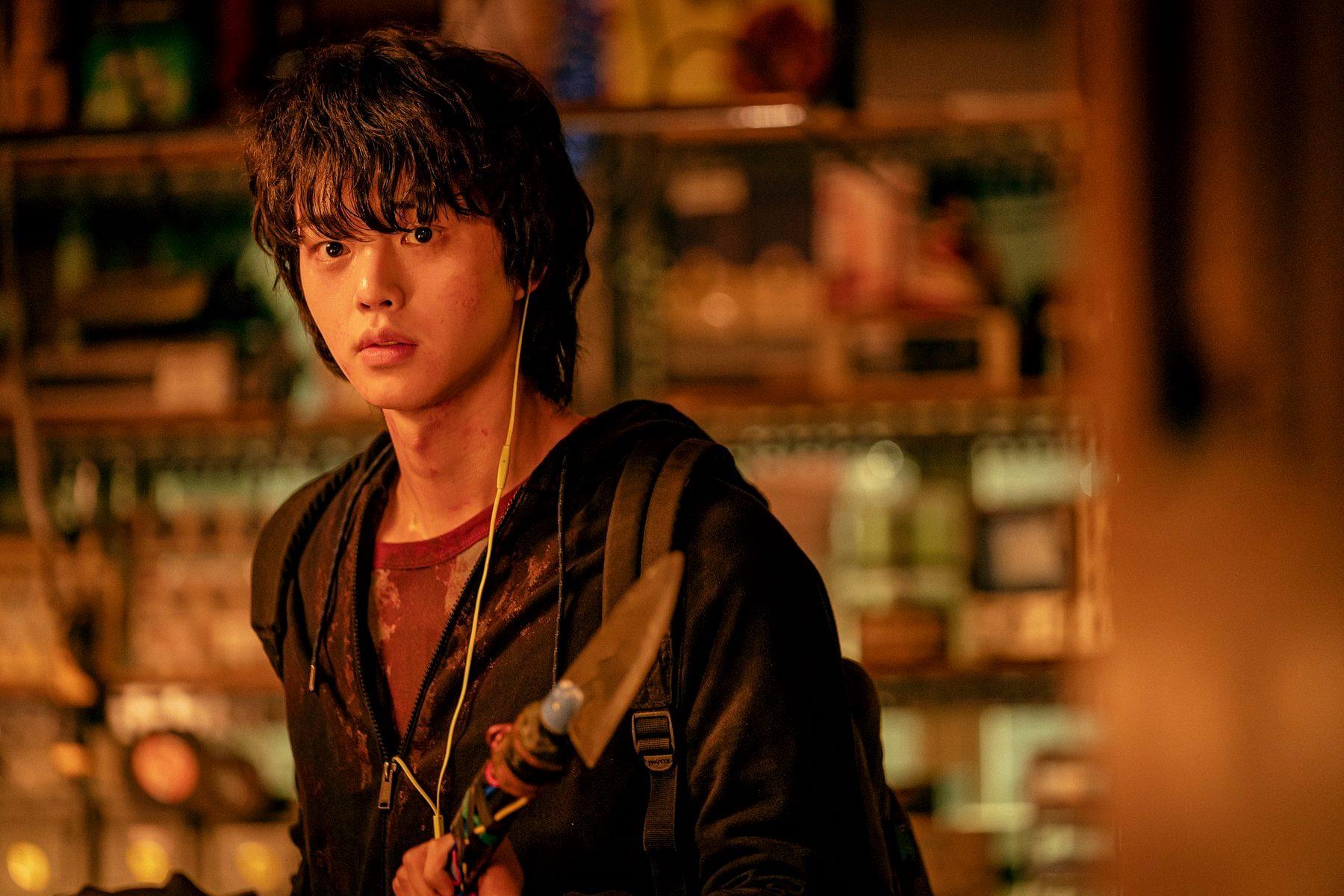 """Cặp đôi mỹ nam Song Kang - Lee Do Hyun của Sweet Home: Trong phim ghét nhau  ra mặt, ngoài đời lại """"anh anh em em"""""""