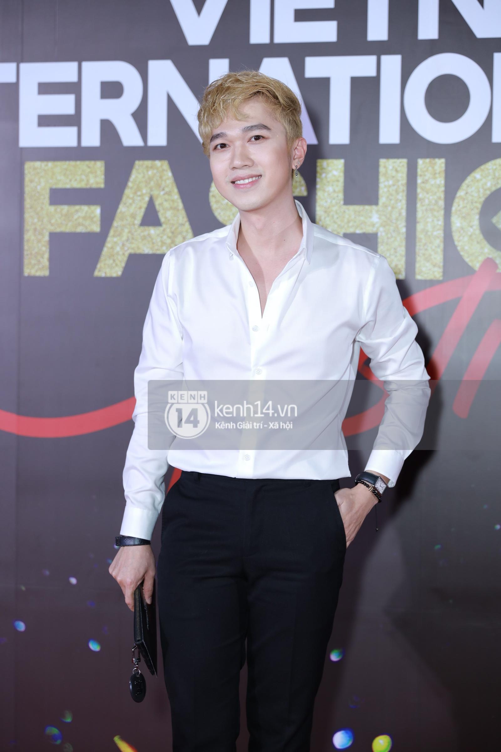 Thảm đỏ VIFF ngày 2: Lãnh Thanh - Trọng Hiếu Idol nổi bật, người mẫu Anh Thư gây thất vọng tràn trề vì set đồ sai sai - Ảnh 11.