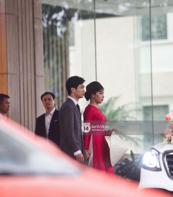Cận cảnh siêu xe rước dâu 7,4 tỷ của Công Phượng: Làm đám cưới lần thứ 3 rồi mà vẫn hoành tráng thế này đây! - ảnh 5