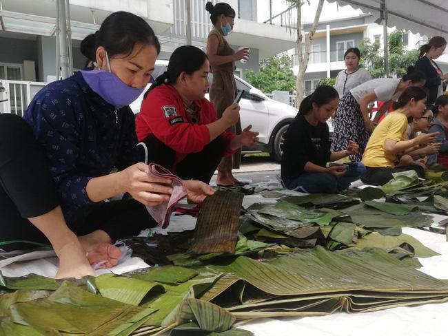 Những hình ảnh giản dị mà ấm áp để thấy người Việt luôn sống với nhau bằng tình nghĩa chân thành - ảnh 4