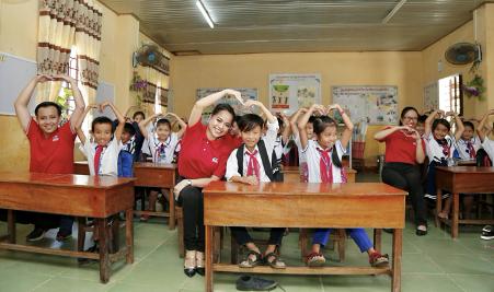 Những hình ảnh giản dị mà ấm áp để thấy người Việt luôn sống với nhau bằng tình nghĩa chân thành - ảnh 6