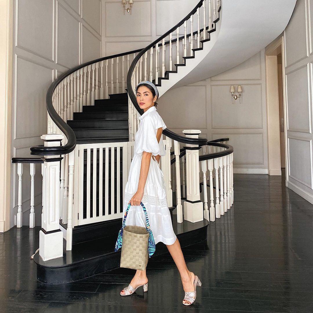 Instagram look của sao Việt: Ngọc Trinh diện áo cắt khoét nhìn mà ngượng thay, Xoài Non đơn giản mà xinh ngất - Ảnh 9.