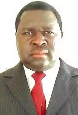 Chính trị gia Namibia có tên cúng cơm giống hệt trùm phát xít Đức, trúng cử nhưng hứa sẽ không bắt nạt cả thế giới - ảnh 1