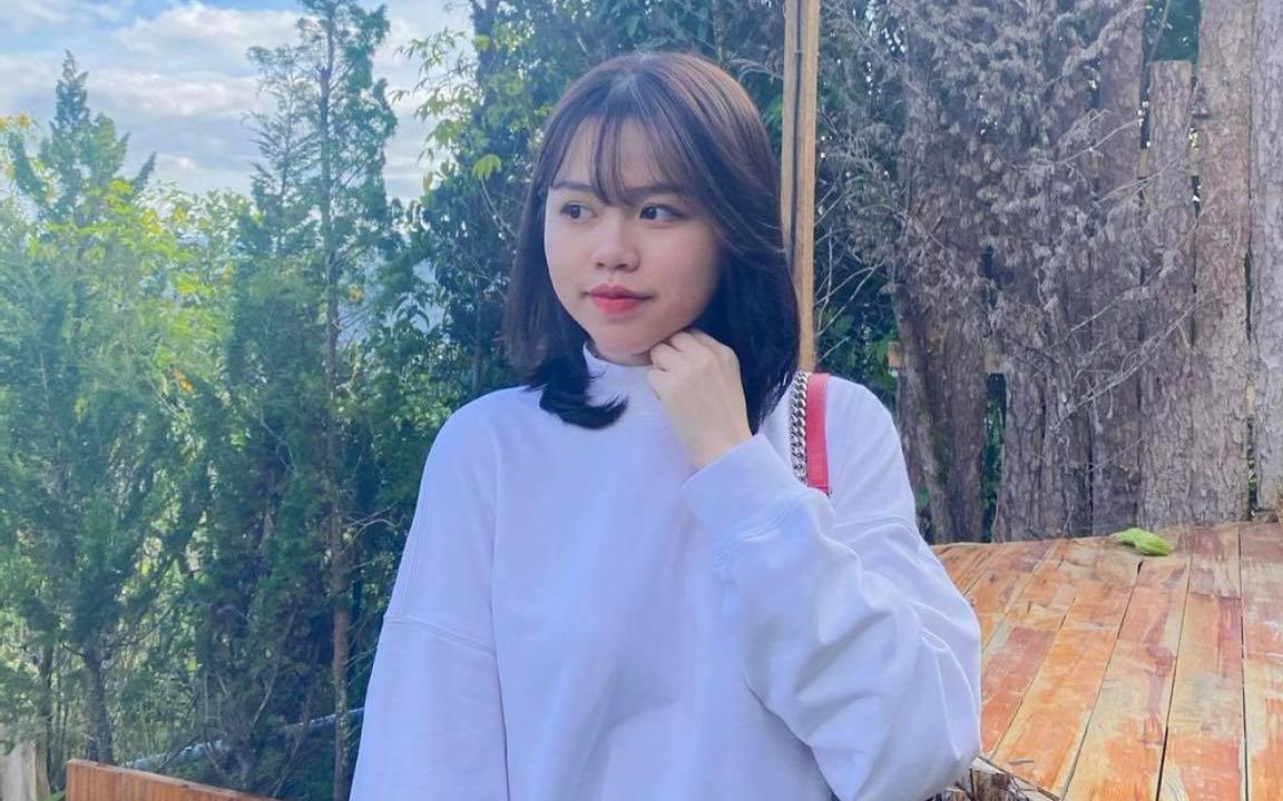 Chia tay rồi nhưng Quang Hải - Huỳnh Anh giữ vững phong độ khó hiểu: Đằng gái đăng ảnh rồi xoá luôn, nhà trai follow rồi lại... unfollow