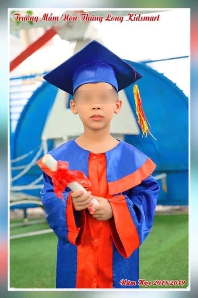 Hanoi: An 8-year-old boy was mysteriously missing when he graduated from school in the late afternoon - Monday 1.