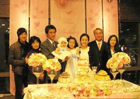 KBS hé lộ danh tính bố đẻ đại gia của Kim Tae Hee: Chủ tịch công ty danh tiếng doanh thu 300 tỷ, được Thủ tướng Hàn khen tặng - ảnh 7