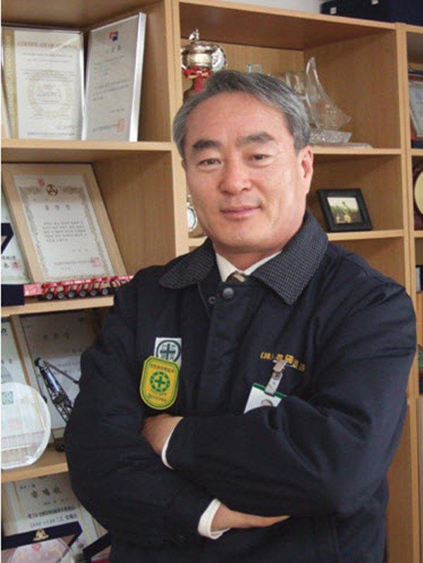 KBS hé lộ danh tính bố đẻ đại gia của Kim Tae Hee: Chủ tịch công ty danh tiếng doanh thu 300 tỷ, được Thủ tướng Hàn khen tặng - ảnh 4