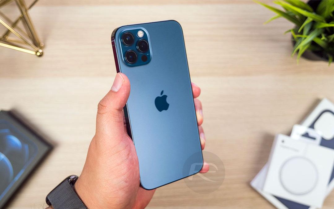 """iPhone 12 Pro Max chỉ xếp thứ 4 trong bảng xếp hạng camera, kẻ chiến thắng hóa ra từng bị đánh giá """"chẳng ra gì"""""""