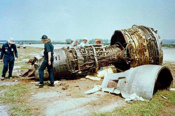 Cảm giác của hành khách trên một chuyến bay gặp nạn: Câu chuyện về vụ tai nạn hàng không kinh hoàng, nhưng cũng kỳ diệu nhất lịch sử nước Mỹ - ảnh 1