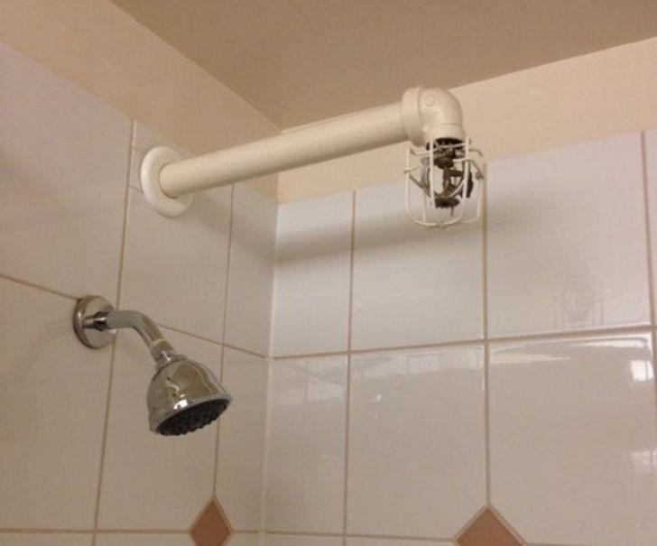 Những khách sạn có thiết kế quái đản khiến khách thuê phát bực: Lố bịch mà cứ tưởng mình hài hước! - Ảnh 5.
