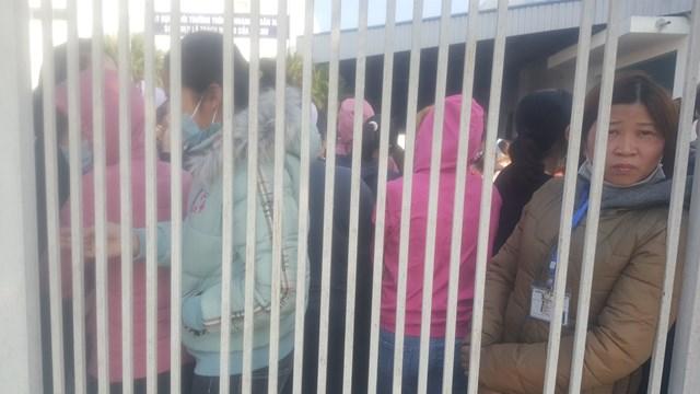 Nam Định: Hàng nghìn công nhân ngừng việc vì công ty cắt thưởng Tết - Ảnh 2.
