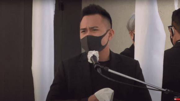 Nghệ sĩ Hoài Linh chưa thể bay qua Mỹ, con trai thay mặt đến viếng cố NS Chí Tài - ảnh 4