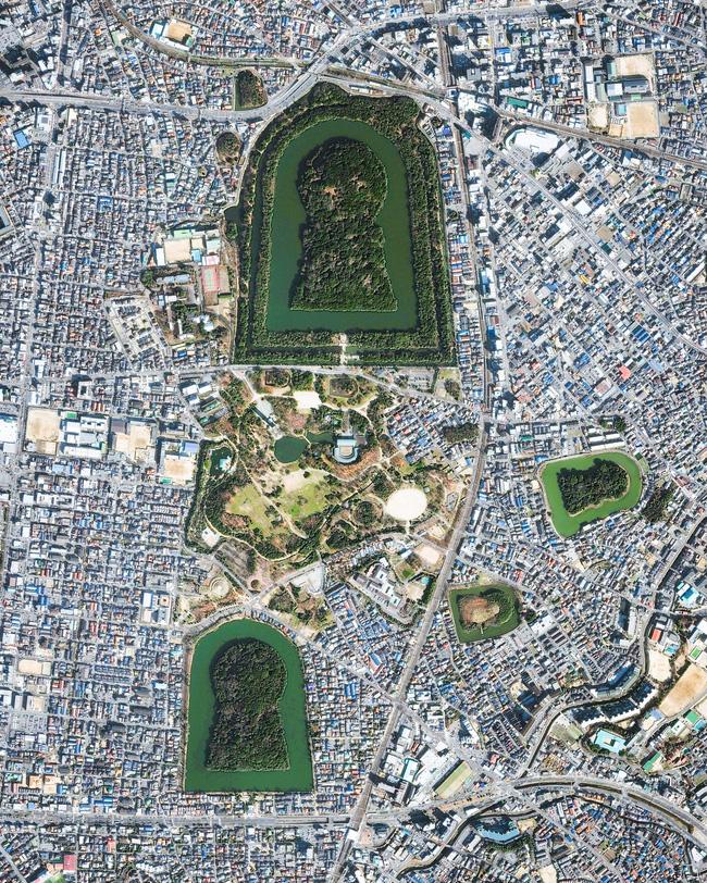 Bí ẩn khu lăng mộ lớn nhất thế giới tại Nhật Bản: Hình thù kỳ lạ, bất khả xâm phạm và là nơi yên nghỉ của Thiên hoàng thần thoại - ảnh 1