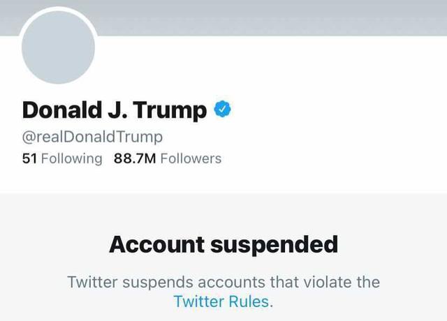 Quyết định Khóa tài khoản Tổng thống Trump vĩnh viễn đã thổi bay tổng cộng 51 tỷ USD vốn hóa thị trường của Facebook và Twitter - ảnh 2