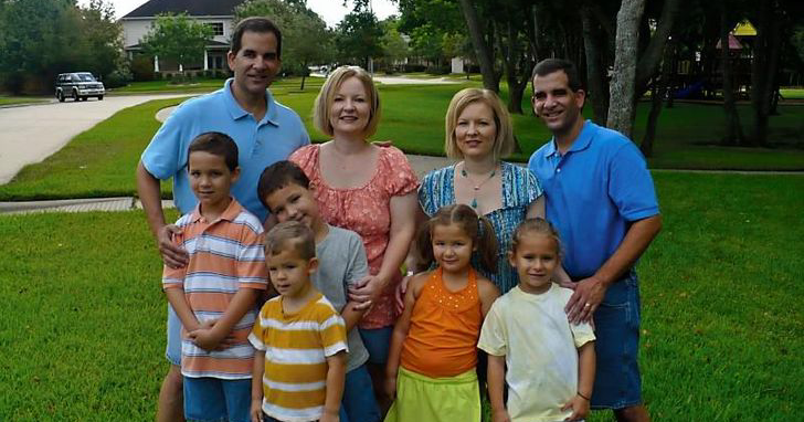 Dựa trên một câu chuyện có thật: Khi anh em sinh đôi cưới chị em song sinh thì con của họ trông sẽ như thế nào? - ảnh 2