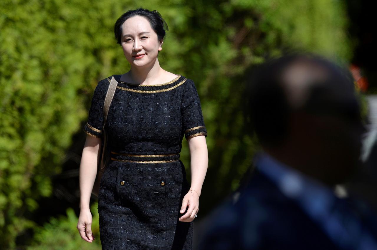 2 nàng công chúa đế chế Huawei: Cô em dấn thân Cbiz vì không được hưởng quyền thừa kế, chị cả tài năng lại vướng lao lý? - Ảnh 9.