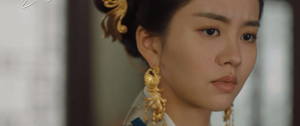 Kim So Hyun đúng chuẩn công chúa chiến binh, mặt bê bết máu ở bom tấn sử thi với Ji Soo - Ảnh 3.