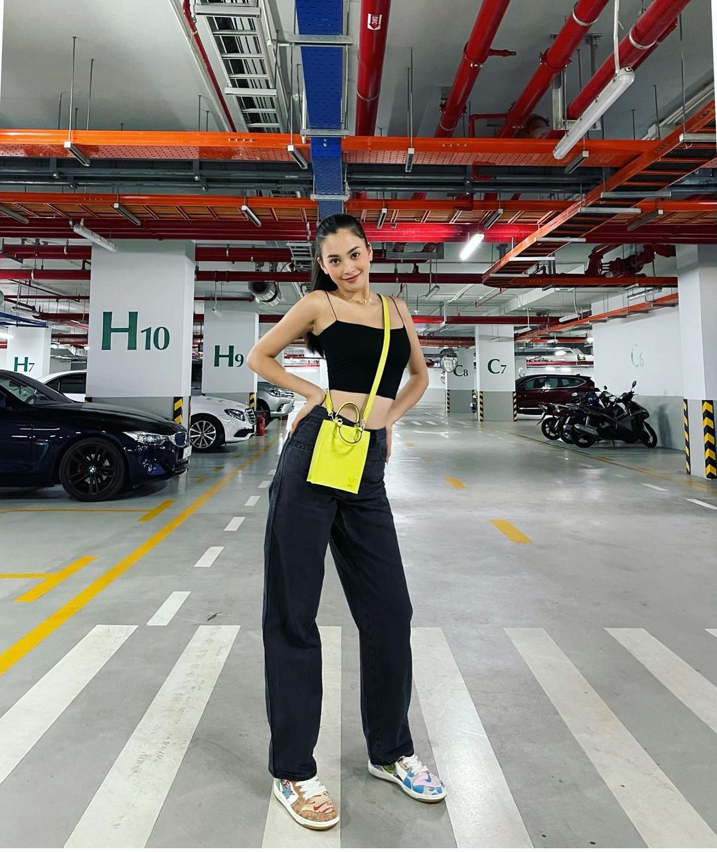 Instagram look của sao Việt tuần qua: Đại hội khoe eo của Thiều Bảo Trâm, Chi Pu, Lan Ngọc - Ảnh 5.