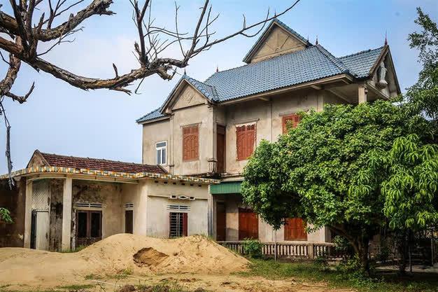 Xót xa với cảnh hoang tàn, ảm đạm của những làng, xã từng giàu nhất Việt Nam - ảnh 2