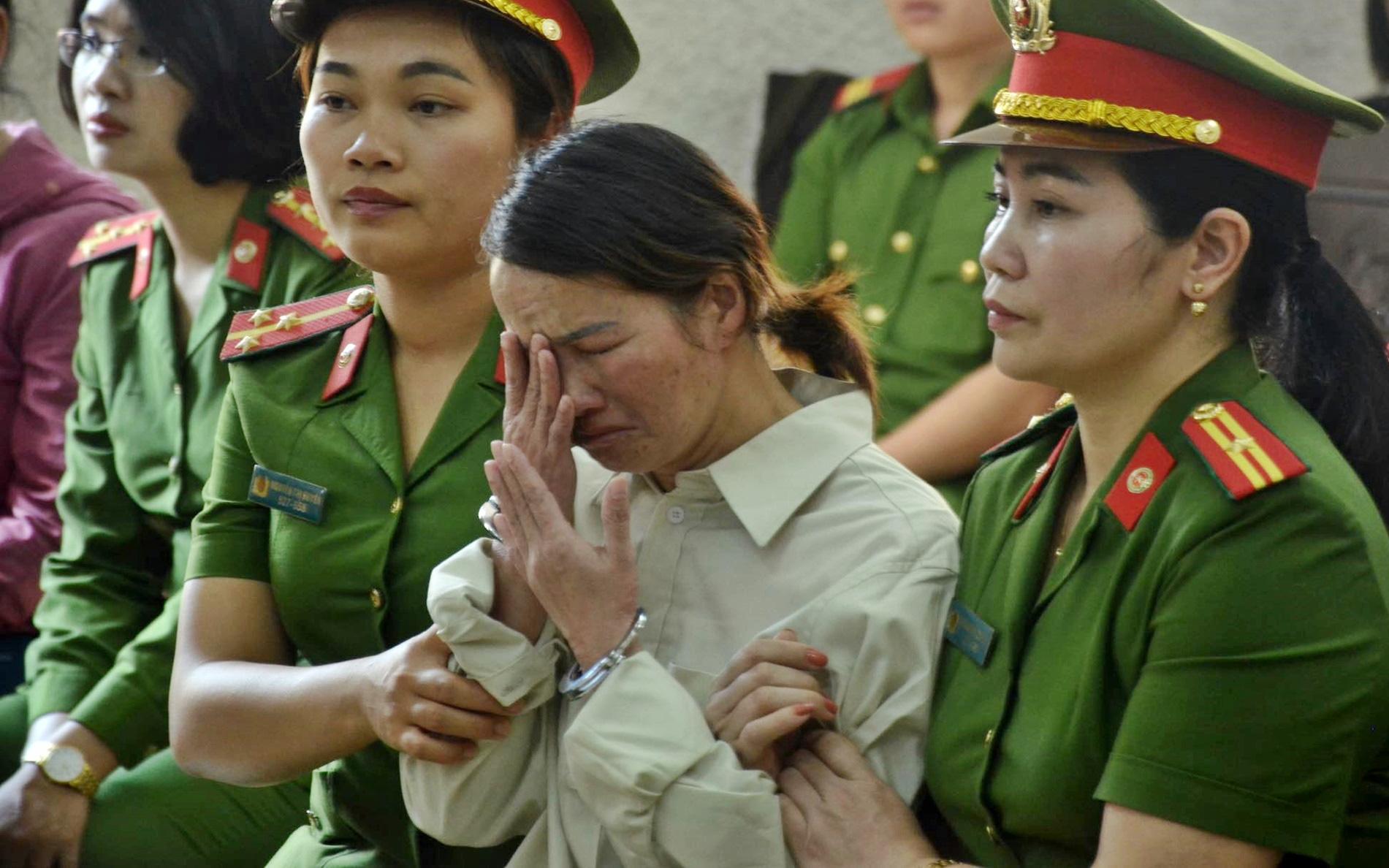 Mẹ nữ sinh giao gà chuẩn bị hầu tòa phúc thẩm, xem xét kháng cáo