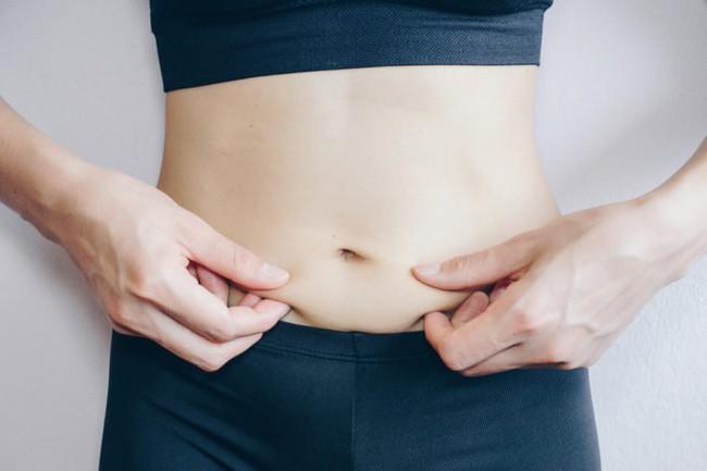 Nữ giới bắt đầu lão hóa sẽ có 3 xệ, 2 to và 1 nặng mùi trên cơ thể, nếu không có cái nào thì bạn vẫn còn trẻ chán! - ảnh 4