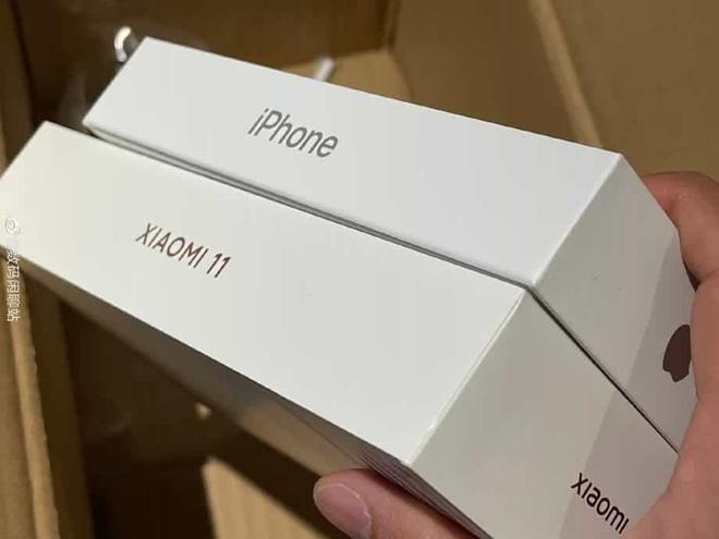 Toàn khởi đầu xu hướng xấu, nhưng sao các hãng khác cứ chạy theo Apple? - ảnh 4