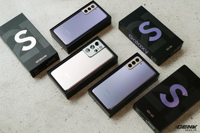 Mở hộp bộ ba Galaxy S21: Từ hộp đến máy mọi thứ đều mỏng gọn, S21 Ultra có màu Bạc Ngẫu Hứng rất đẹp - ảnh 3
