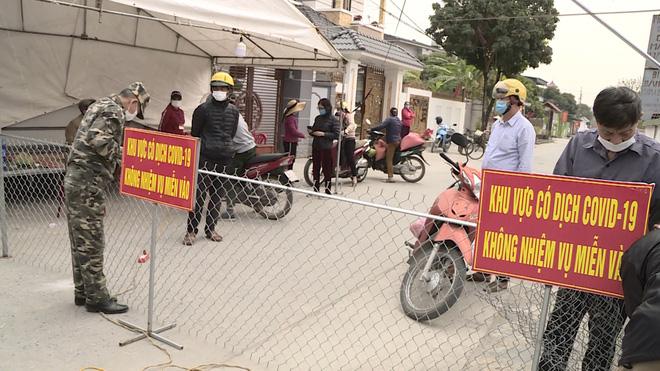 Dịch Covid-19 ngày 29/1: Giãn cách xã hội 21 ngày toàn bộ thị xã Đông Triều (Quảng Ninh) - Ảnh 2.