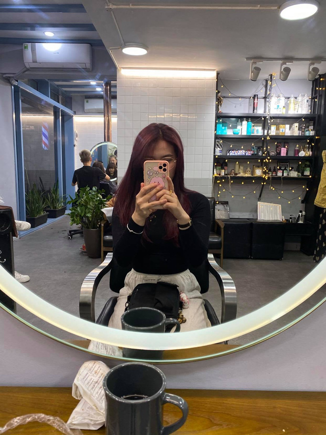 Đi nhuộm tóc giá 3,5 triệu tại một Salon có tiếng, cô nàng này nhận lại được mái tóc xơ nhũn và sự ức chế vô cùng - Ảnh 7.