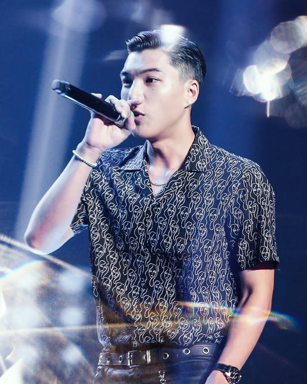 HIEUTHUHAI - Hotboy của làng rap, làm sáng bừng sân khấu và là nam rapper được săn đón nhất hiện nay - Ảnh 1.