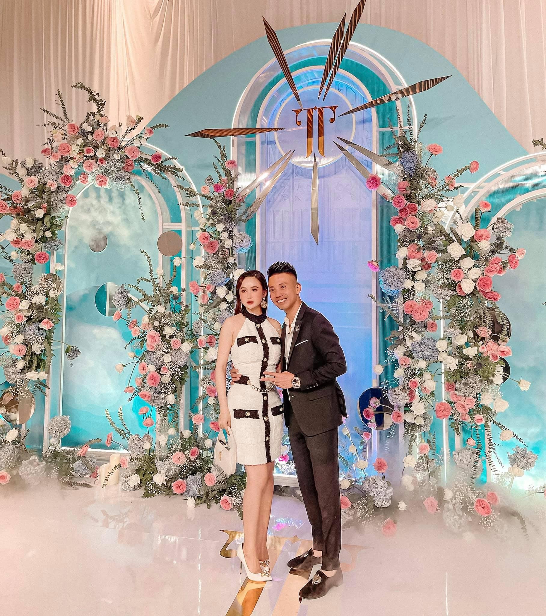 Mai Phương Thúy là khách mời ăn mặc trễ nải nhất tại đám cưới Phan Thành - Primmy Trương - Ảnh 7.
