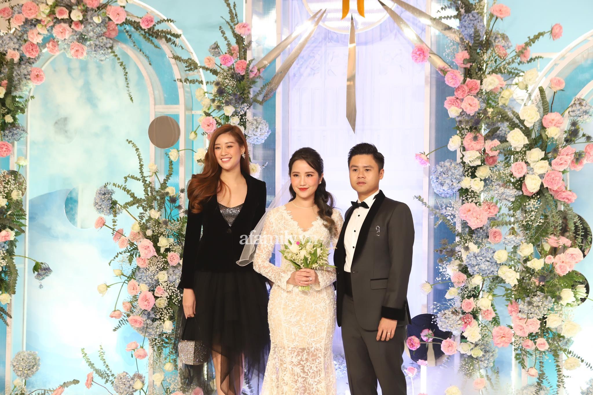 Mai Phương Thúy là khách mời ăn mặc trễ nải nhất tại đám cưới Phan Thành - Primmy Trương - Ảnh 8.