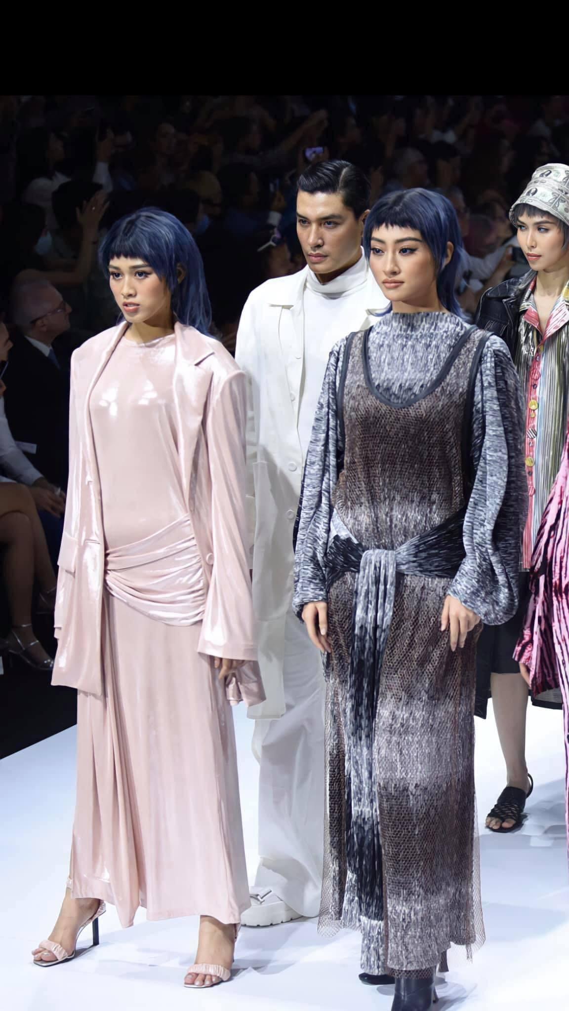 Hoa hậu Đỗ Thị Hà lộ vòng 2 lùm lùm thiếu săn chắc, soi kĩ nhận ra ngay lỗi trang phục mà các bánh bèo hay mắc phải - Ảnh 5.
