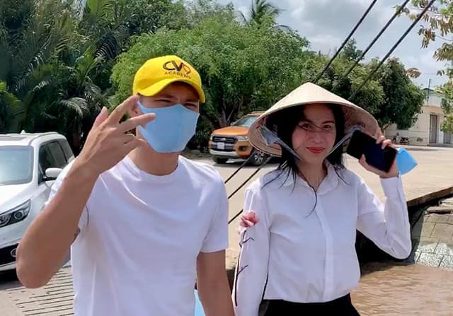 Thuy Tien revealed that once she blamed her husband after she got married, Cong Vinh said a sentence that made his wife feel angry and hurt immediately - Photo 6.