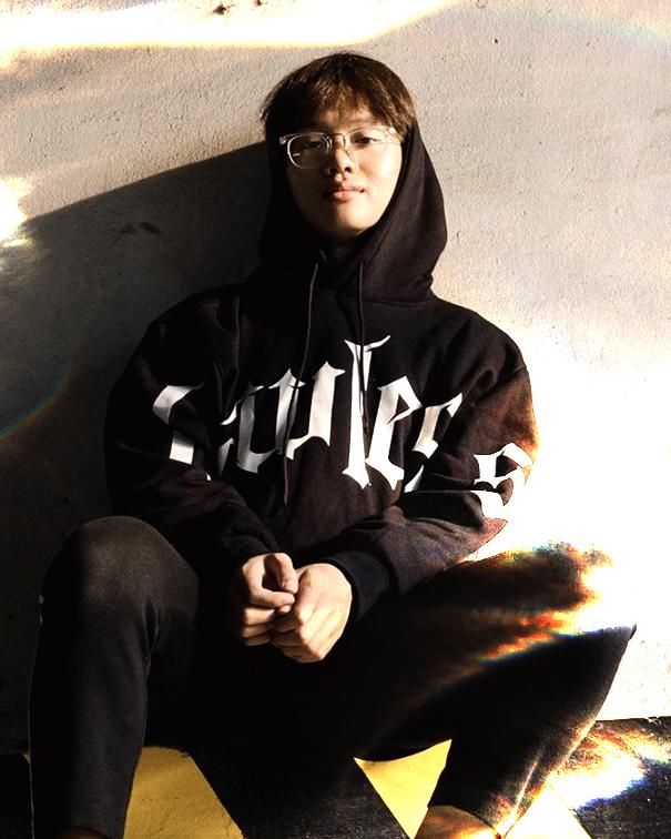 Low G để đời đưa đẩy từ dancer sang rapper, rồi nổi tiếng nhanh chóng mặt nhờ 7749 bí kíp tán gái - Ảnh 1.