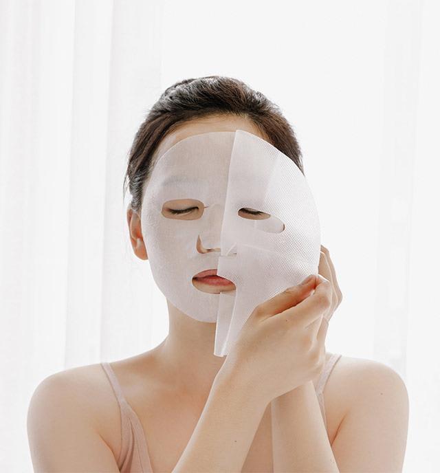 Mặt nạ giấy tiện như thế thì dùng mỗi ngày thay serum được không? - Ảnh 5.