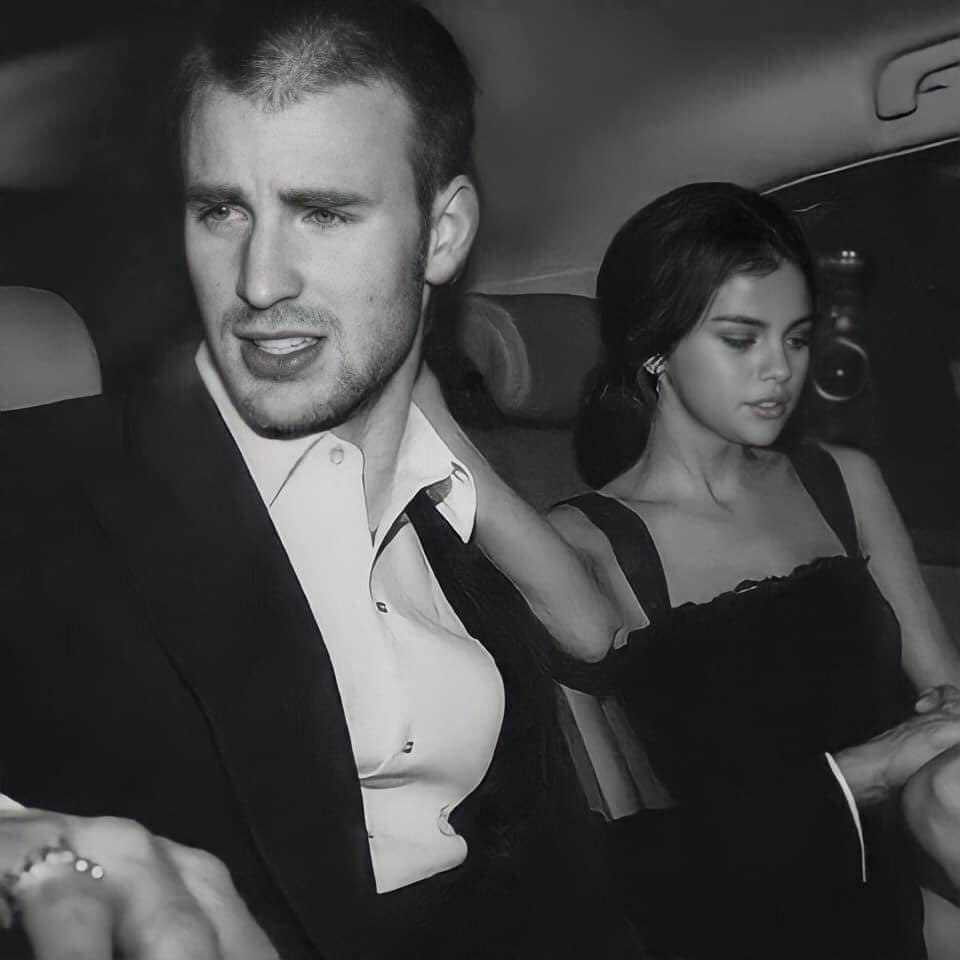 Cả MXH náo loạn vì Selena Gomez và Chris Evans lộ hình hẹn hò nét căng: Mùi mẫn trong xe không khác gì tình nhân? - Ảnh 2.