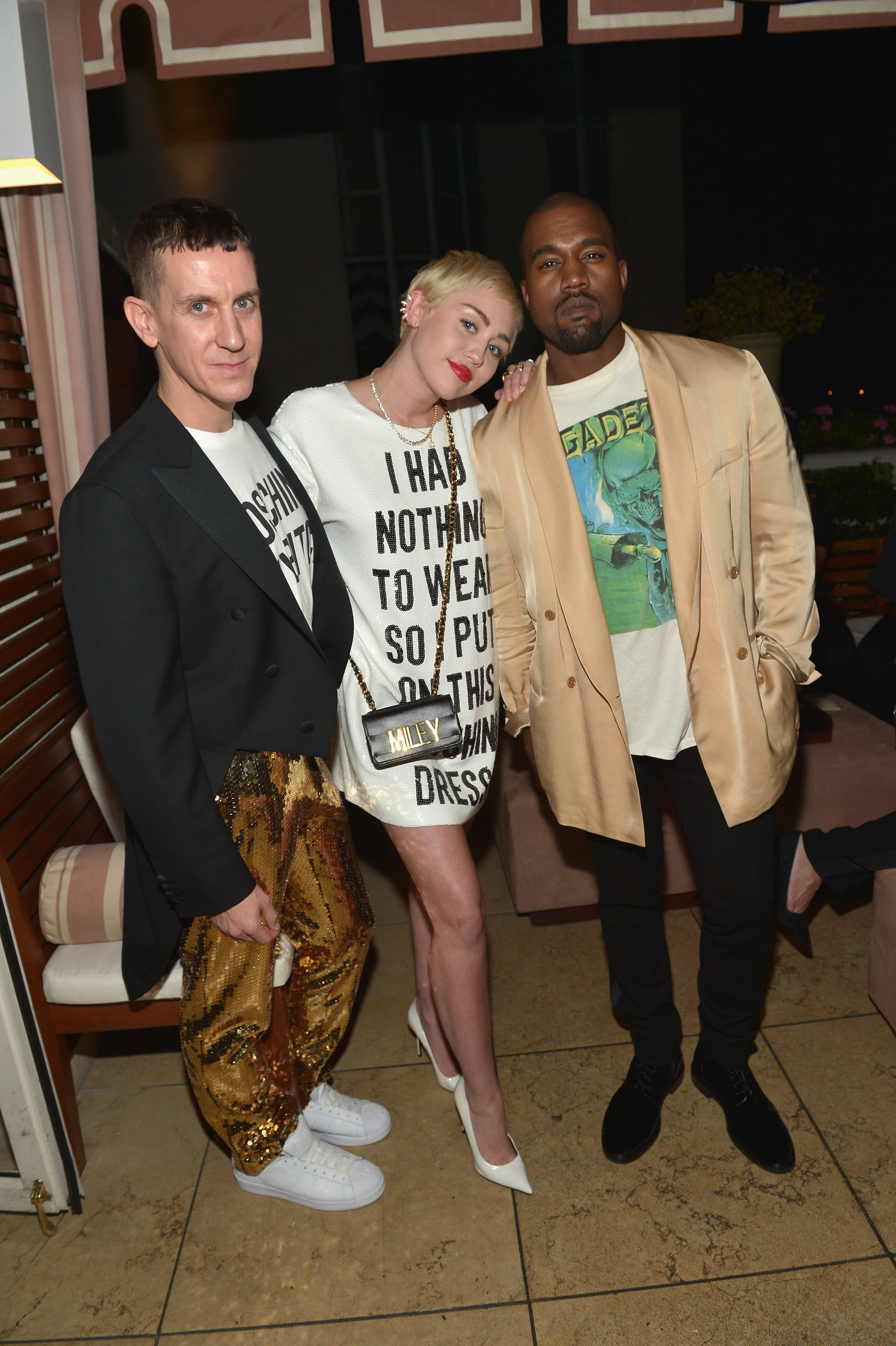 Khung hình quyền lực quy tụ toàn nhân vật máu mặt: Tỷ phú Rihanna và Kanye West chễm chệ, nhìn dàn sao ngồi cạnh mà choáng - Ảnh 8.