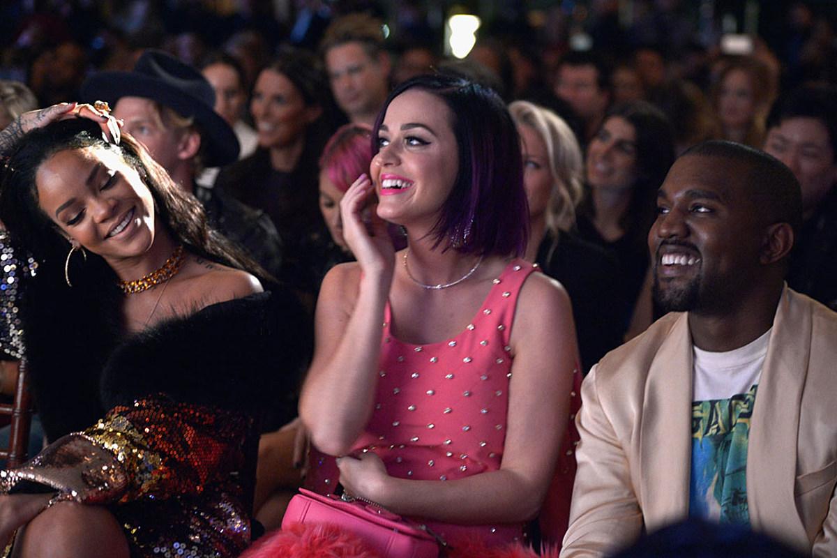 Khung hình quyền lực quy tụ toàn nhân vật máu mặt: Tỷ phú Rihanna và Kanye West chễm chệ, nhìn dàn sao ngồi cạnh mà choáng - Ảnh 7.
