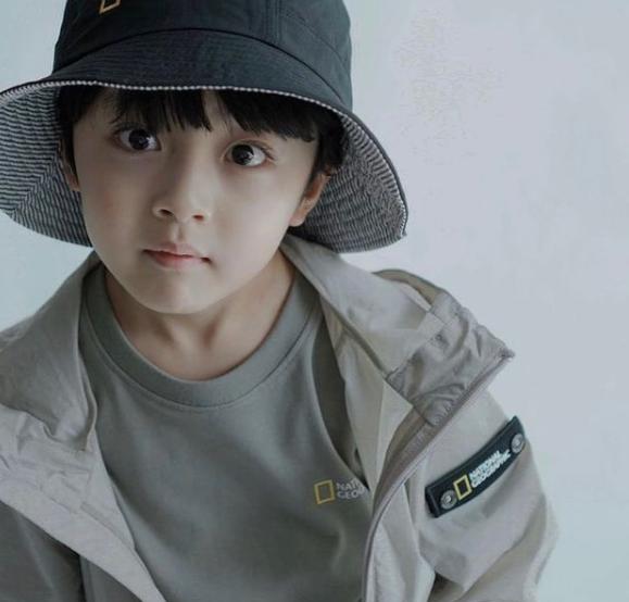 Màn giả gái đỉnh nhất phim Hàn thuộc về sao nhí 5 tuổi: Bản sao của đại mỹ nhân, hết phim vẫn không ai biết giới tính thật - Ảnh 3.