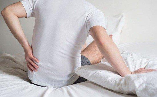 3 biểu hiện khi thức dậy vào buổi sáng ngầm cảnh báo thận đang hoạt động bất ổn, xem thử bạn có cái nào không - Ảnh 2.