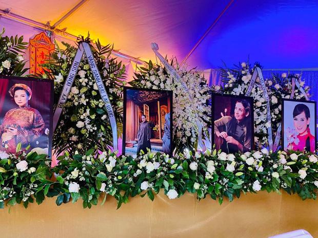 Con gái ruột Phi Nhung nói lời cảm tạ, rất xúc động vì 1 điều sau tang lễ của mẹ - Ảnh 6.