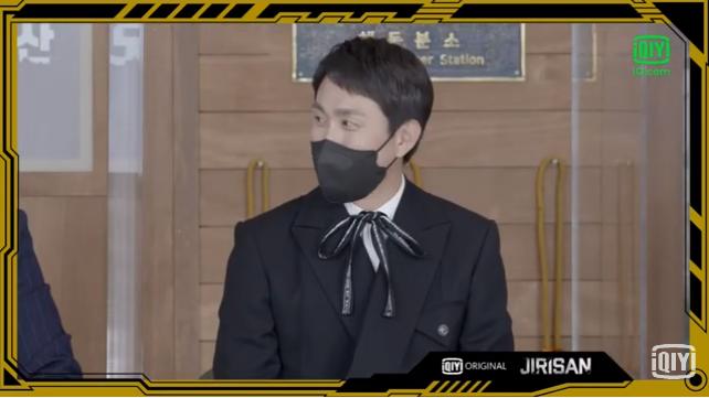 Sự kiện toàn cầu hot nhất hôm nay: Jeon Ji Hyun hở bạo khoe body khó tin, thái tử Joo Ji Hoon lần đầu hé lộ quan hệ với mợ chảnh - Ảnh 15.