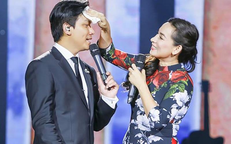 Mạnh Quỳnh nghẹn ngào trong tang lễ của Phi Nhung: Có người nói Nhung bỏ Wendy mà đi nuôi người khác, sai lầm - Ảnh 4.