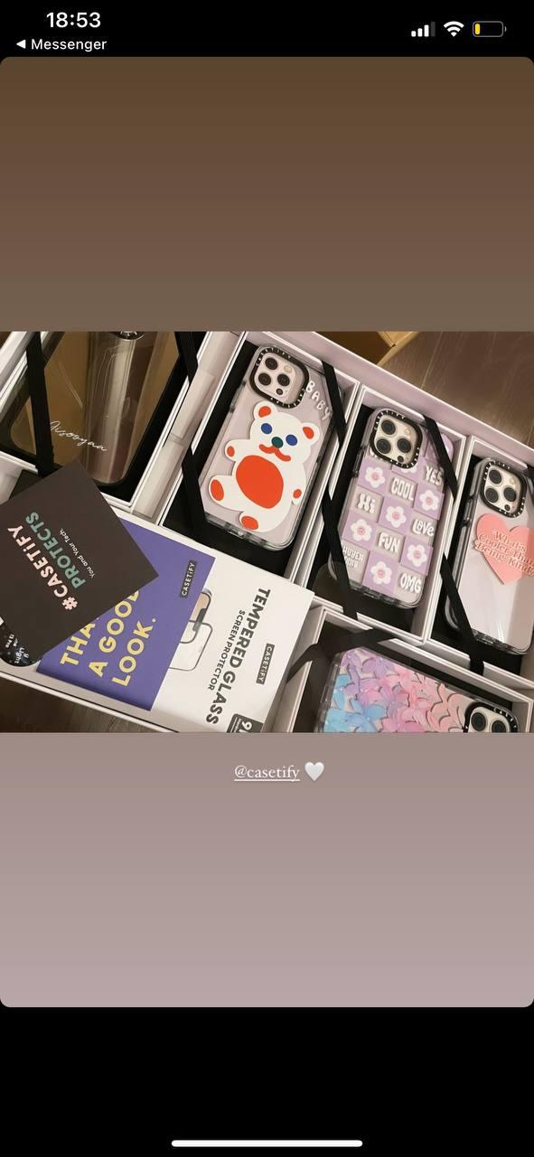 Vừa tậu iPhone 13, Jisoo (BLACKPINK) đã được tặng ngay một rổ ốp mới siêu xinh với giá cũng siêu chát - ảnh 5